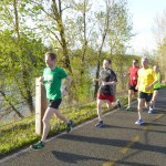 Dan, Eric, Lou, Tim and Melissa lead the pack at the Fulton Run